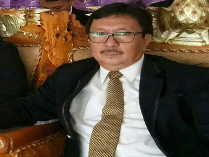 Alm, Drs Lukman Hadju, M.Si, semasa hidupnya. (Foto : Istimewa)