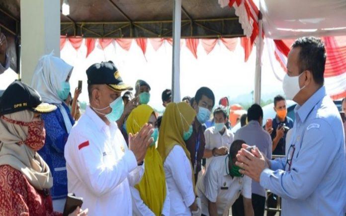 Gubernur Provinsi Gorontalo Rusli Habibie tiba dan jumpa dengan Menteri Kelautan dan Perikanan (KKP) Edhy Prabowo. (Foto : Humas Provinsi Gorontalo)