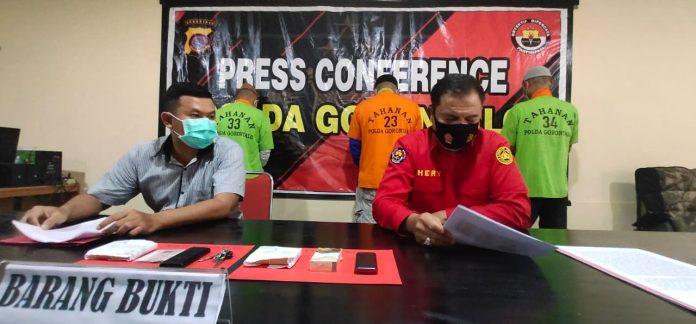 Press Converence Oleh Direktorat Narkoba Polda Gorontalo terhadap Temuan Narkotika Jenis Sabu. (Foto : Istimewa)